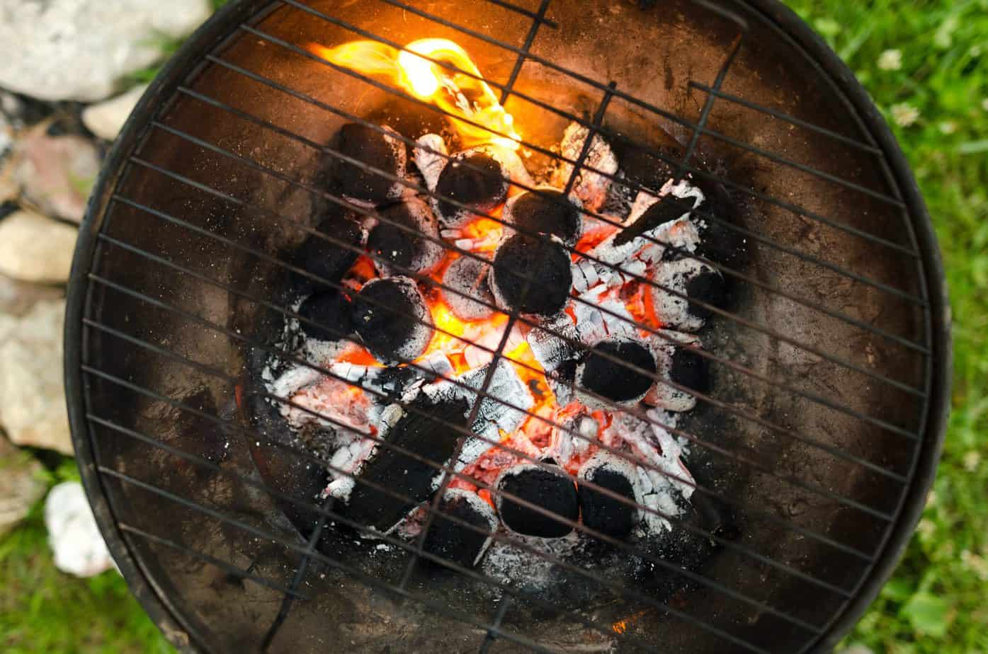 how to start charcoal grill without lighter fluid