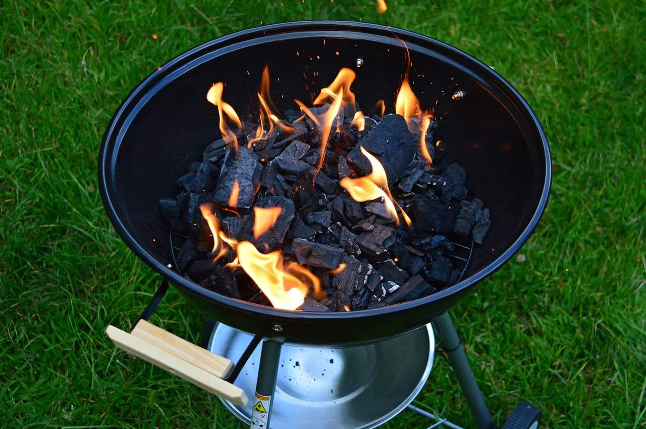How to Start a BBQ Fire with Charcoal